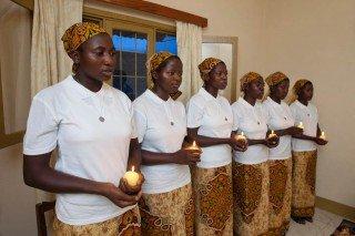 Feierliche Aufnahme der Postulantinnen in der Kapelle des Schwesternhauses in Cuamba. (Foto: Achim Pohl)