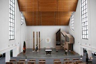 Die Dreifaltigkeitskirche im Bergkloster Bestwig: Von hier aus wird wird der Gottesdienst übertragen. Foto: SMMP/Beer