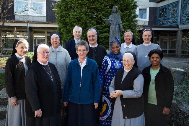 Zwei Generalräte treffen sich: Eine Woche lang diskutierten die Schwestern beider Kongegationen miteinander in Bestwig. Foto: SMMP/Bock