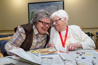 Meist mit Freude bei der Arbeit: Die fast 1300 Mitarbeiterinnen und Mitarbeiter der Seniorenhilfe SMMP, hier im Reginenhaus in Rhynern.