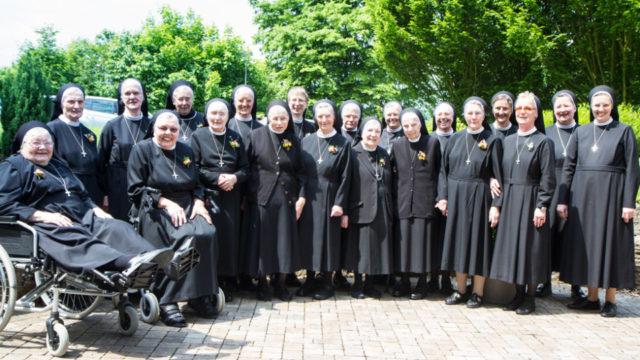 Ihr 25-, 40-, 50-, 60- und 65-jähriges Ordensjubiläum feierten am Samstag die Schwestern im Bergkloster Bestwig. Foto: SMMP/Bock