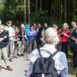 Schwester Laetitia Müller trägt den nächsten Impuls vor. Er thematisiert die 25-jährige Wanderschaft der heiligen Maria Magdalea Postel. Foto: SMMP/Bock