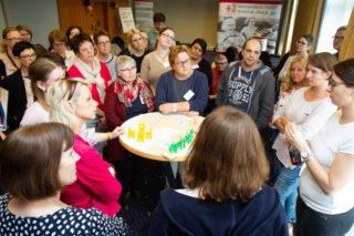 Mitarbeiter lernten verbesserte Ausbildungs- und Einarbeitungskonzepte kennen. (Foto: SMMP/Bock)