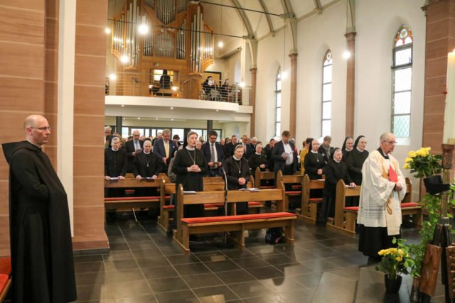 Die Kirche des Bergklosters Heiligenstadt war bei der Vesper gut gefüllt. Foto: SMMP/Ulrich Bock